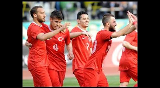 Tunay Torun'un 3 golü Millilere yetmedi