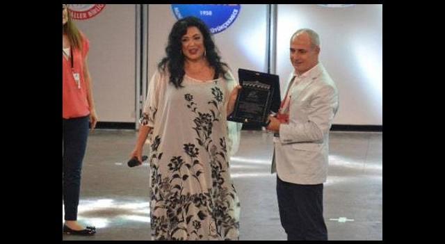 Türkan Şoray'a anlamlı ödül