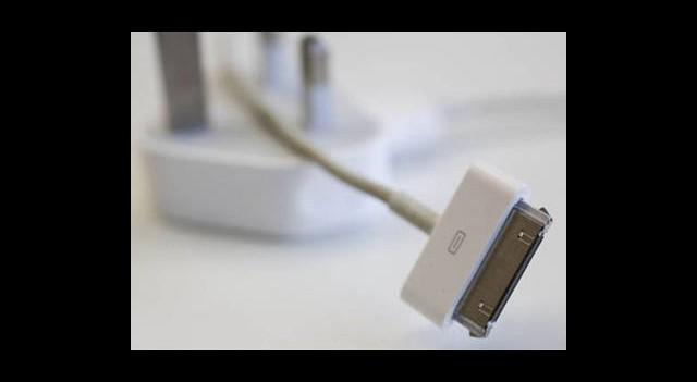 Apple Sahte Şarj Aletlerini Takas Ediyor
