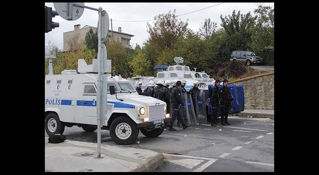 İstanbul'da 34 Kişi Gözaltında
