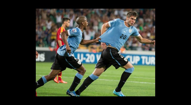 Yarı Final Biletini Uruguay Kaptı