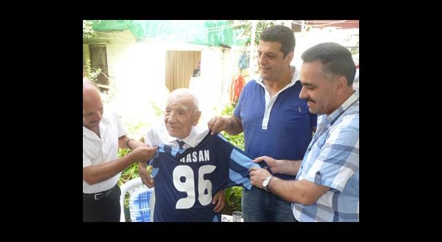 96 Yaşındaki Taraftara Vefa Ziyareti