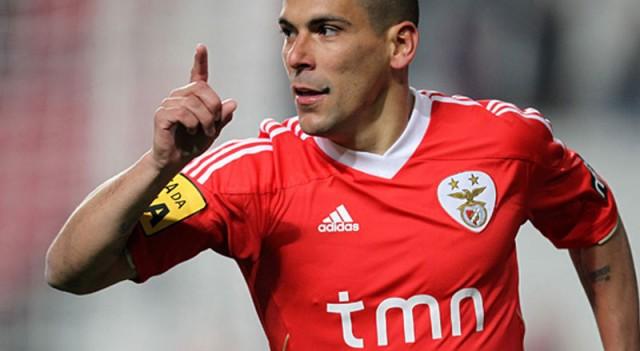 Galatasaray'a yıldız isimden büyük sürpriz!