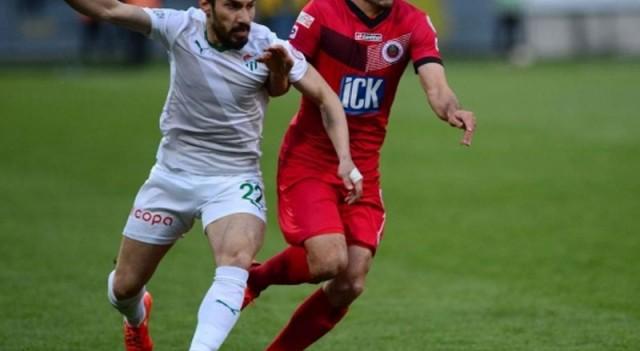 Bursaspor'dan müthiş geri dönüş! Yarı final...