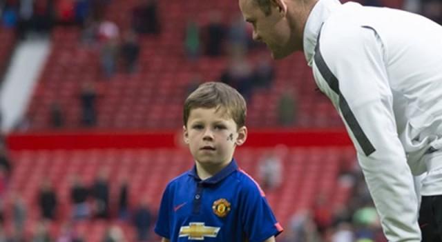 Rooney, Galatasaray formasıyla görüntülendi!