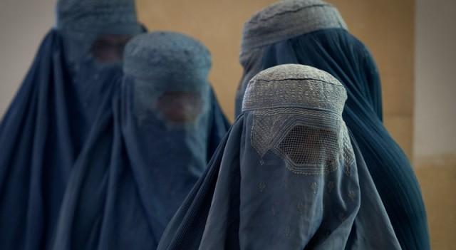 Avrupa'da bir ülke daha burkaya yasak getiriyor