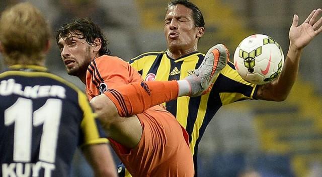 Fenerbahçe'yi eski Galatasaraylılar yıktı