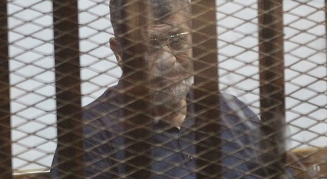 Muhammed Mursi oğlu ile görüştü