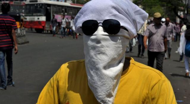 Hindistan'daki aşırı sıcaklar can almaya devam ediyor