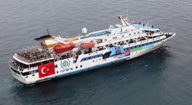 Binlerce kişi 'Mavi Marmara' için yürüdü