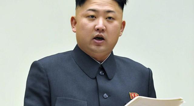 Kim Jong Un yine kurşuna dizdirdi