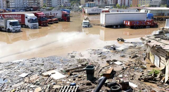 Artvin'de sel felaketi! Kayıp sayısı artıyor