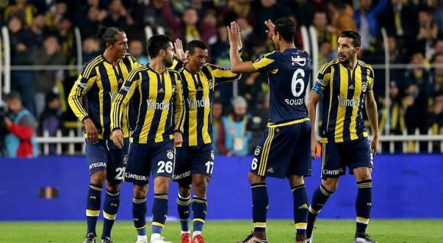Fenerbahçe'de 5 isim kart sınırında