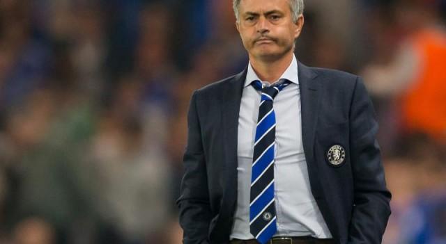 Chelsea'den şok karar! Mourinho kovuldu