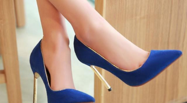 Erkeklerin topuklu ayakkabı sevdiği kanıtlandı!
