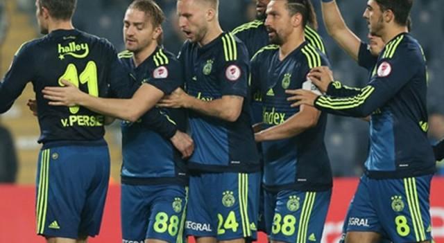 Fenerbahçe'de 1 forma 3 aday