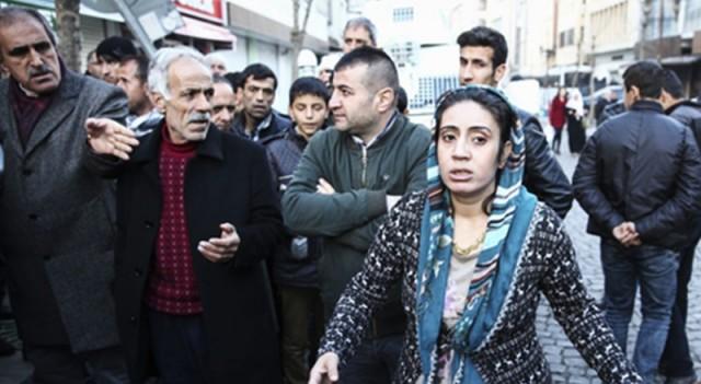 HDP'lilere PKK'lılar ateş açtı