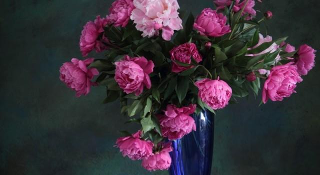 Çiçeklerle doğal ve pratik oda kokusu nasıl yapılır?