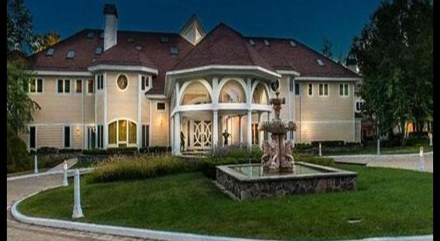 50 Cent evini satıypr