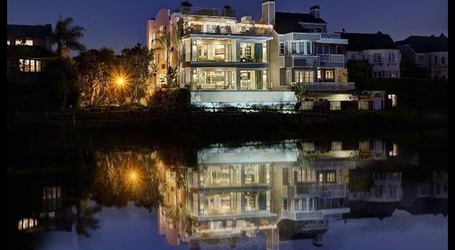 Jean Claude Van Dammme evini 7 milyon dolara sattı