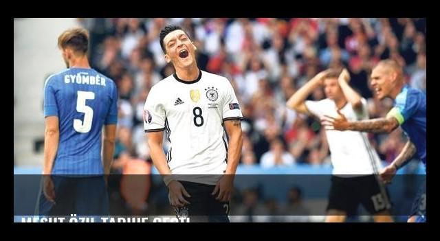 Mesut Özil tarihe geçti