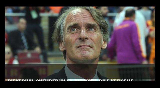 Riekerink, Sneijder'in ev kirasına bile yetişemedi!