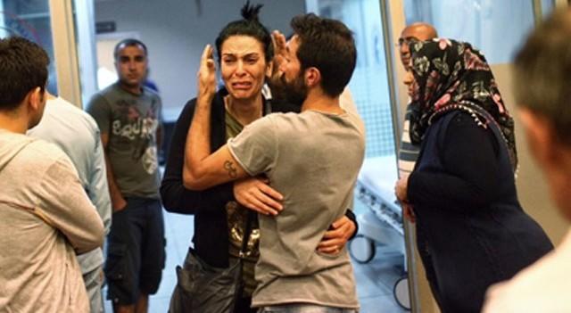 Havalimanı saldırısından sağ kurtulan gencin abisi sosyal medyayı ağlattı
