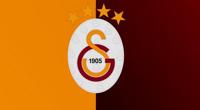 Galatasaray'a iki dünya yıldızı birden geliyor!