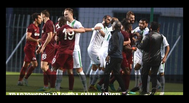 Trabzonspor maçında saha karıştı