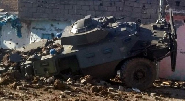 Şanlıurfa'da askeri aracın geçişi sırasında patlama