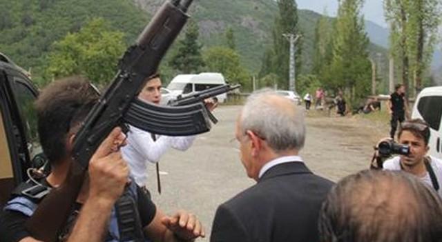 CHP Genel Başkanı Kemal Kılıçdaroğlu'nun konvoyuna terörist saldırı!
