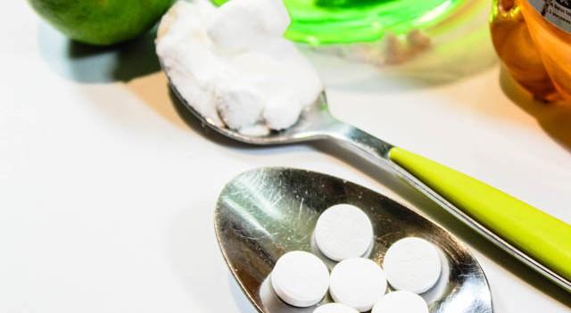 Aspirin maskesi ile sivilce ve lekelere veda edin