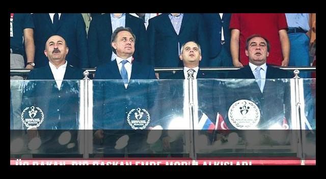 Üç Bakan, bir Başkan Emre Mor'u alkışladı