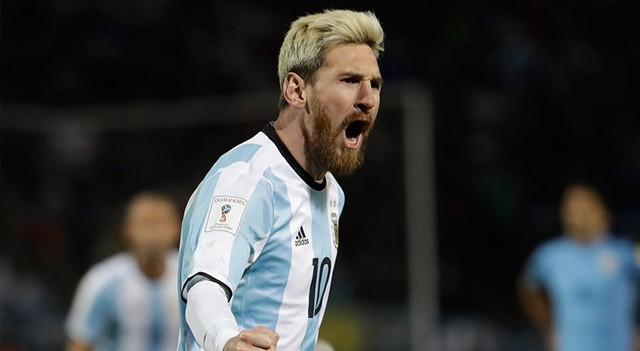 Messi attı Arjantin'i zirve yaptı