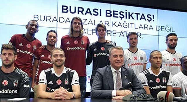 Beşiktaş'tan imza şov! 8 oyuncu...