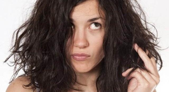 Güneşten yıpranmış,kurumuş saçlar için bakım önerileri