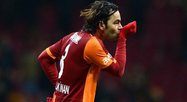 Selçuk İnan yerine Sneijder kaptan oluyor