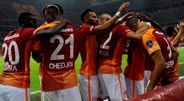 Süper Lig'in zirvesi Galatasaray'ın!