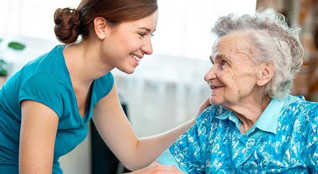 Alzheimer hasta yakınlarının bilmesi gerekenler