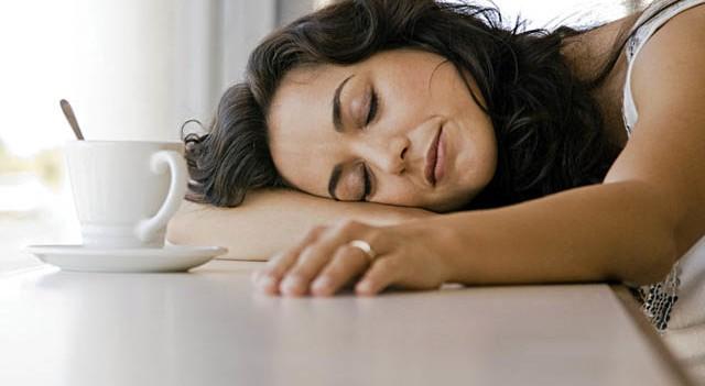 Sürekli yorgun hissetme nedenleri