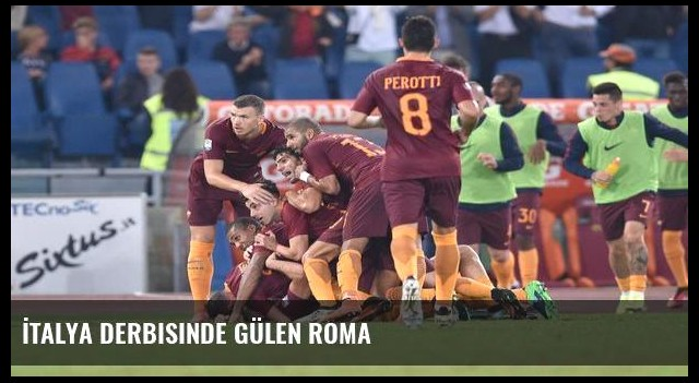 İtalya derbisinde gülen Roma