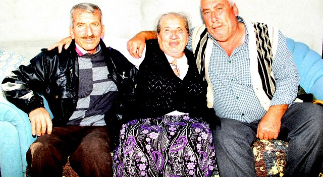 70 yıl sonra kardeşlerini buldu