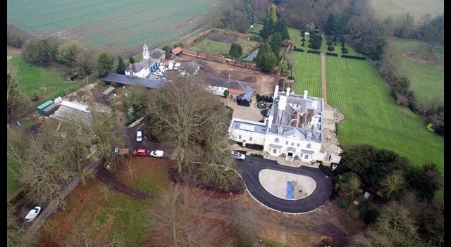 Rod Steward 18 milyon liraya ev aldı