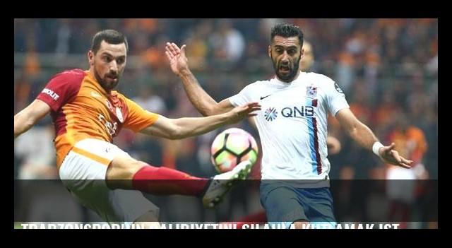 Trabzonspor'un galibiyetini silahla kutlamak isteyince kendi kızını yaraladı