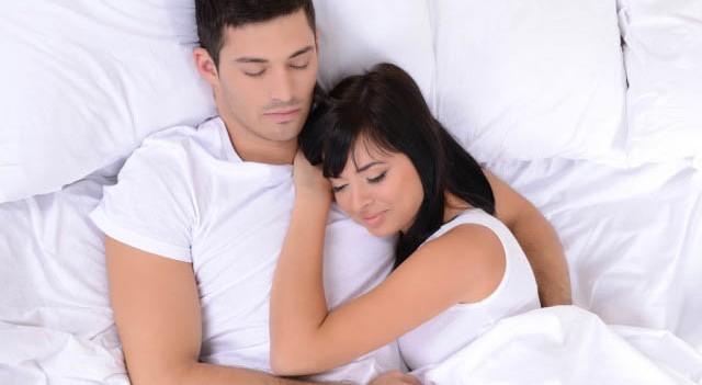 Eşler neden beraber uyur?