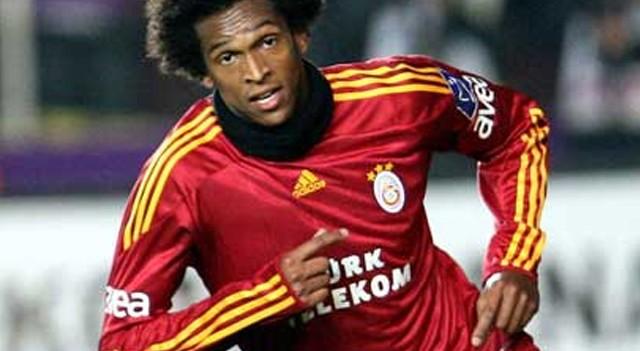 Eski Galatasaraylı Jo yeni takımına imzayı attı!