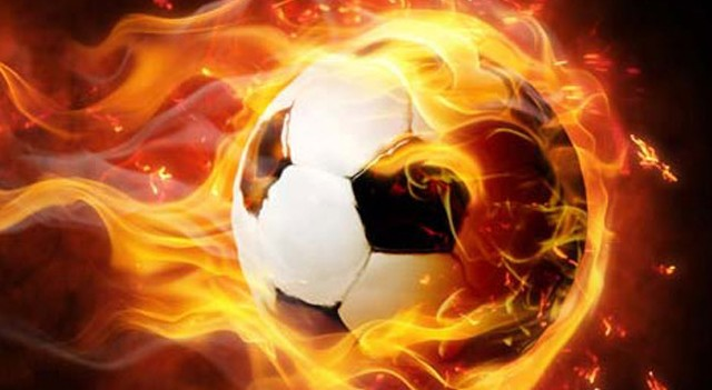 Çaykur Rizesporlu futbolcu Kweuke trafik kazası geçirdi!