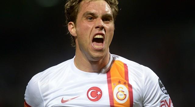 Galatasaray'ın eski yıldızı Elmander'e büyük ayıp!