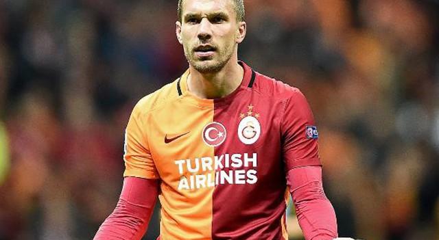 Levent Nazifoğlu: Podolski için teklif aldık