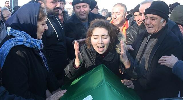 Ortaköy saldırısında yaşamını yitirenler uğurlanıyor